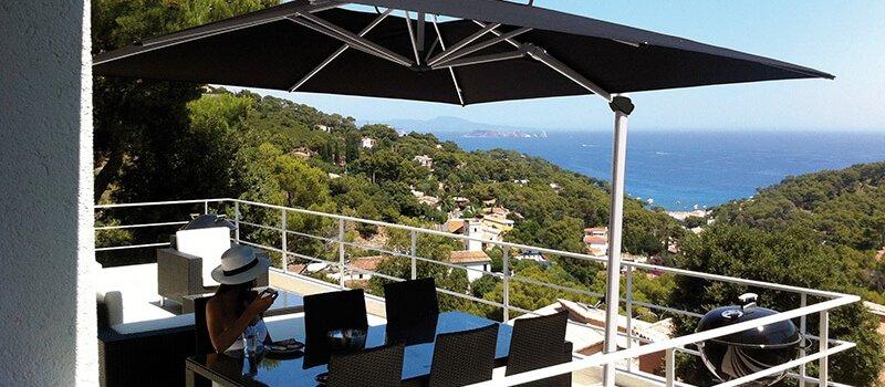 Solero Laterna cantilever parasol 3x3